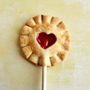 cakewalk-desserts-cherry-pie-pop-3